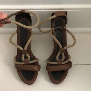 Tula March Wedge Sandal 37